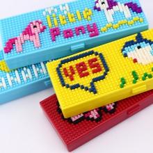 创意儿童拼装卡通塑料积木文具盒 DIY学生铅笔盒